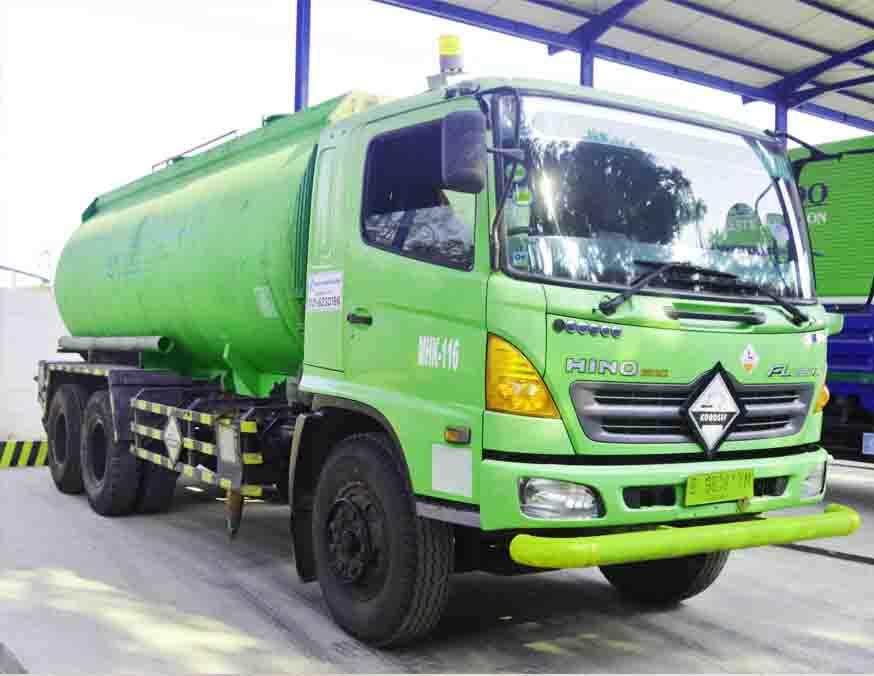 multihanna kreasindo pengolah limbah b3 truck tangki